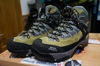 Ботинки трекинговые Seven Summits
