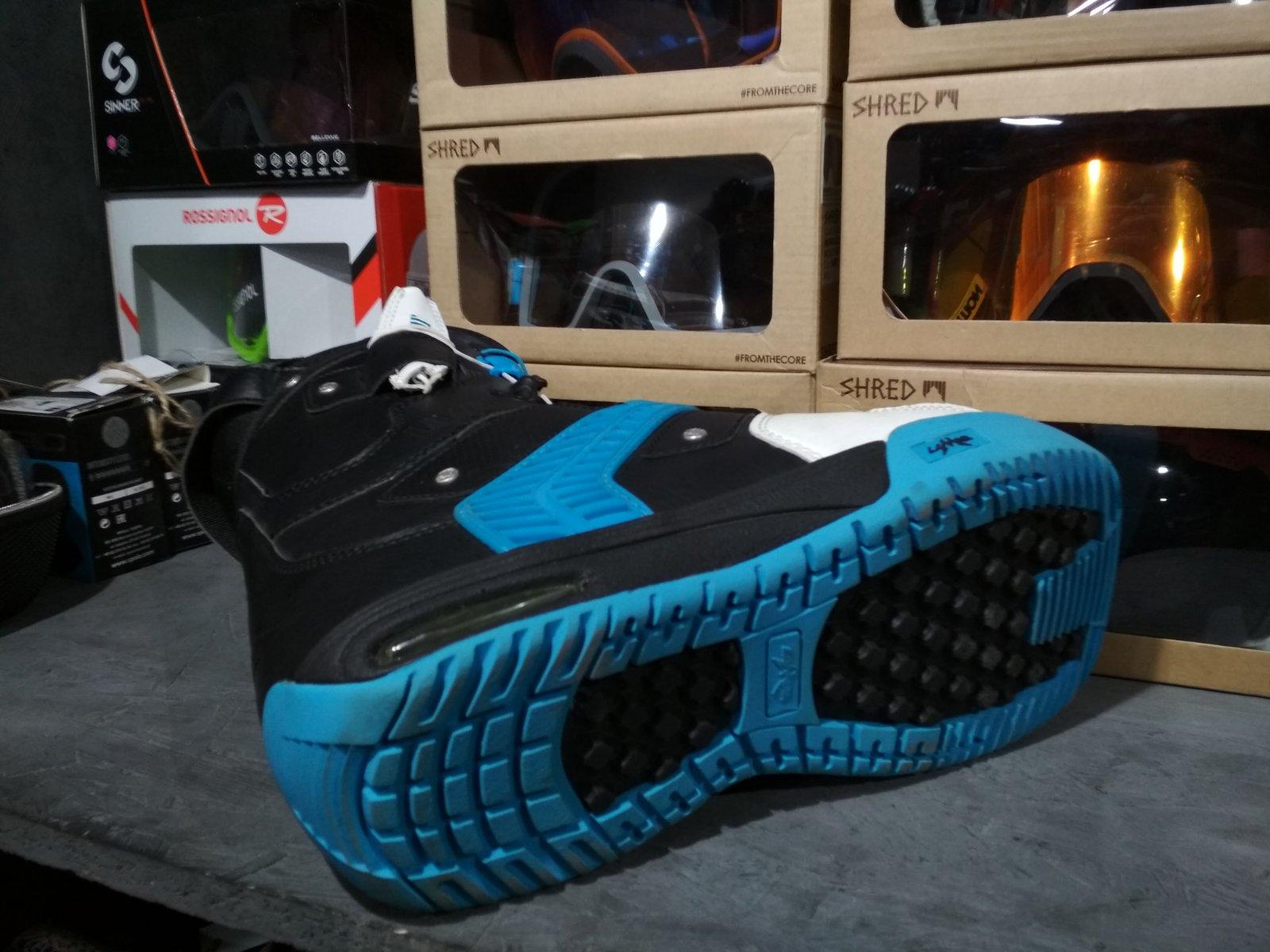 Ботинки сноубордические Lamar Flight
