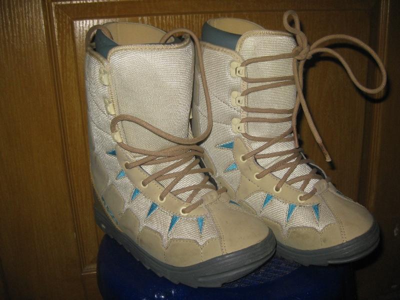 Ботинки Burton 23.5 сноубордические